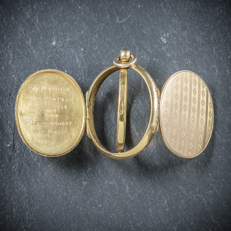 Antique Victorian Gold Family Locket Circa 1900 OPEN2