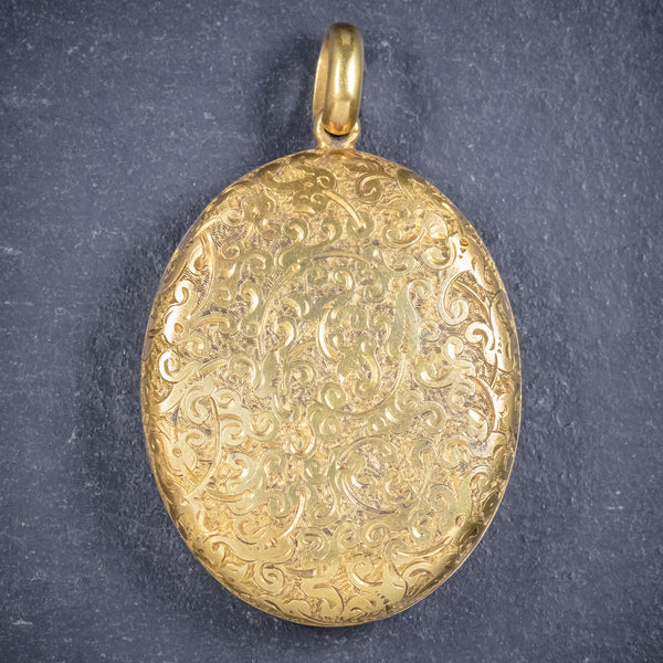 Antique Victorian Large Solid 18ct Gold Engraved Locket Circa 1880 front
