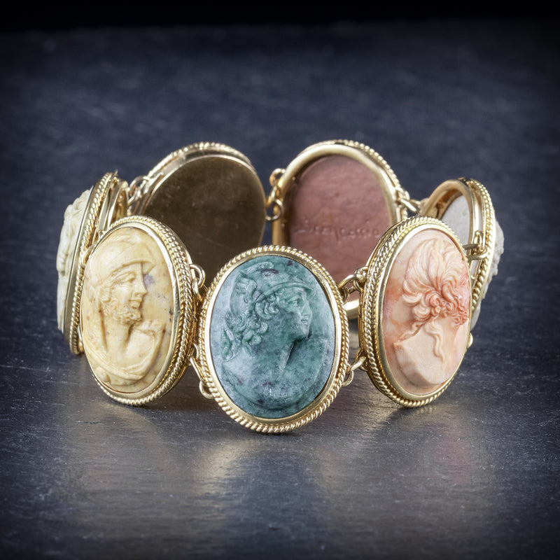 ANTIQUE VICTORIAN LAVA CAMEO BRACELET GOLD CIRCA 1900 SIDE