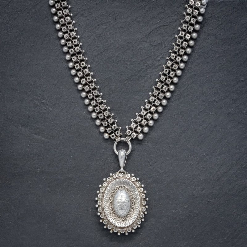 ANTIQUE VICTORIAN LOCKET COLLAR SILVER NECKLACE CIRCA 1880 NECK