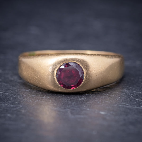 Antique Victorian Ruby Ring 18ct Gold 0.60ct Ruby Circa 1900 FRONT