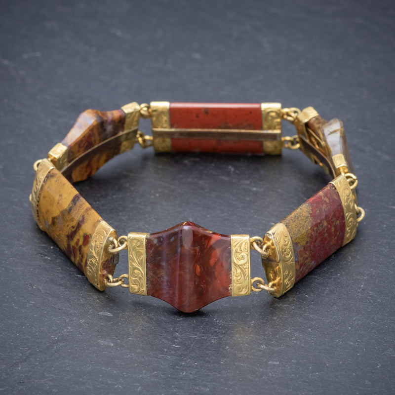Antique Victorian Scottish Agate 18ct Gold Circa 1880 FRONT