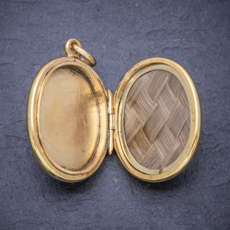 Antique Victorian Scottish Mourning Locket 9ct Gold On Silver Circa 1860 open