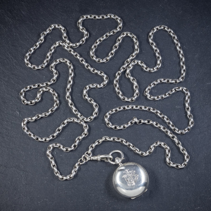 ANTIQUE VICTORIAN STERLING SILVER SOVEREIGN LOCKET NECKLACE AND GUARD CHAIN BIRMINGHAM 1907 top