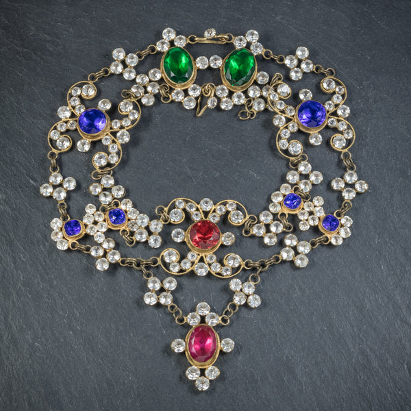 ANTIQUE VICTORIAN THEATRICAL COLOURED PASTE NECKLACE CIRCA 1900 FRONT