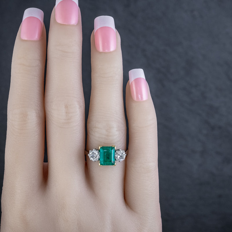 ART DECO COLOMBIAN EMERALD DIAMOND TRILOGY RING PLATINUM 18CT GOLD 2.55CT EMERALD WITH CERT HAND