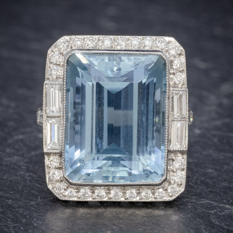 ART DECO AQUAMARINE RING PLATINUM 18CT AQUA CIRCA 1930 FRONT