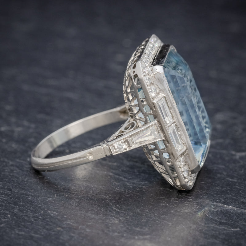 ART DECO AQUAMARINE RING PLATINUM 18CT AQUA CIRCA 1930 SIDE2
