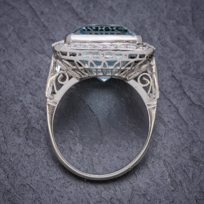 ART DECO AQUAMARINE RING PLATINUM 18CT AQUA CIRCA 1930 TOP