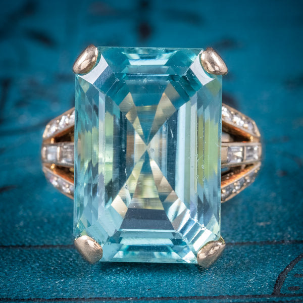 Art Deco Aquamarine Ring 18ct Gold 28ct Aqua cover
