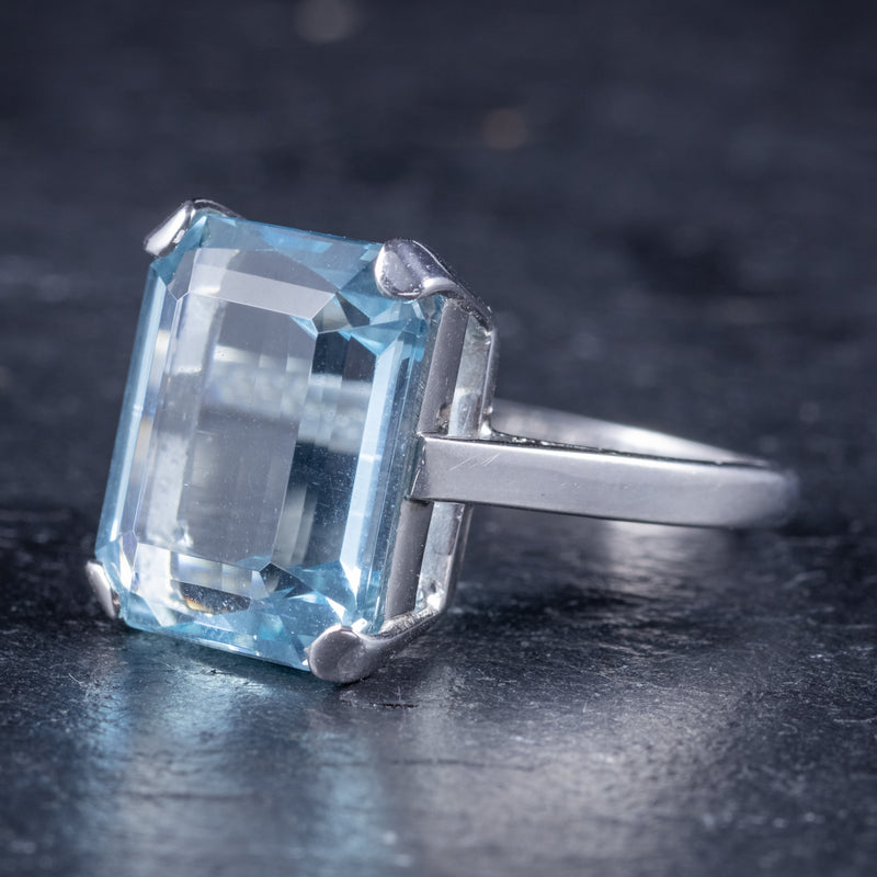 Art Deco Aquamarine Ring 18ct Gold Platinum 9ct Aqua Circa 1930 side