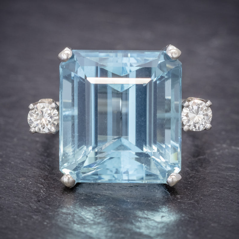ART DECO AQUAMARINE RING 18CT WHITE GOLD 17.5CT AQUA CIRCA 1920 FRONT