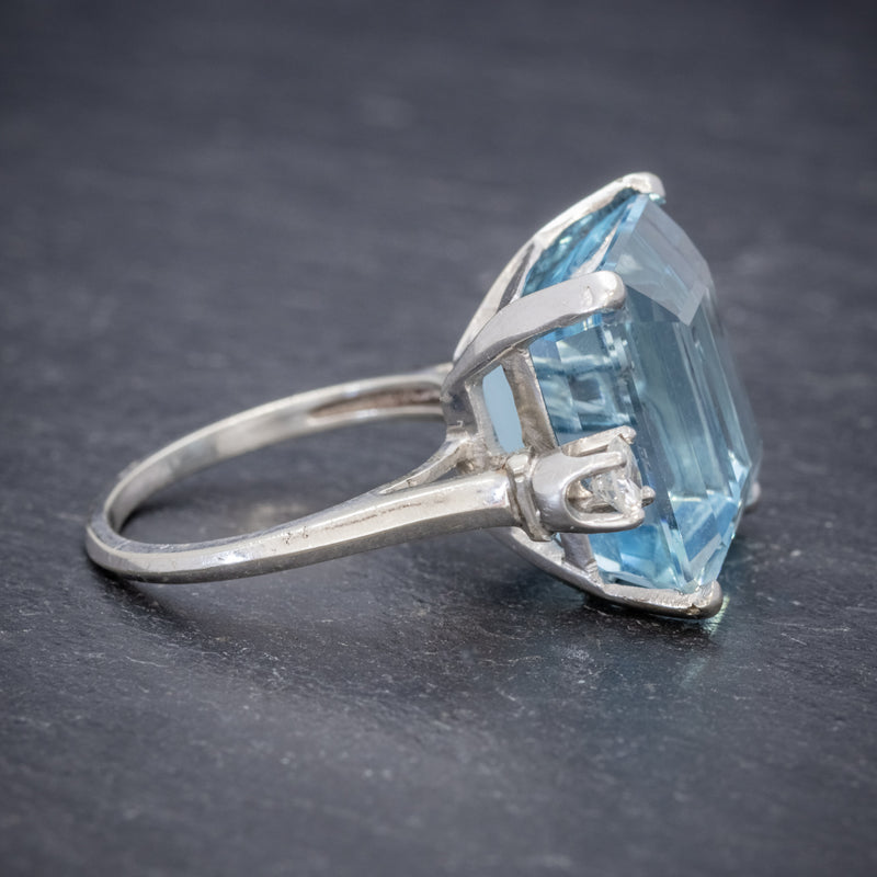 ART DECO AQUAMARINE RING 18CT WHITE GOLD 17.5CT AQUA CIRCA 1920 SIDE2