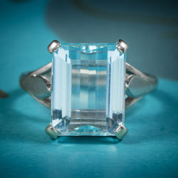 Art Deco Aquamarine Ring 18ct White Gold Circa 1930 COVER