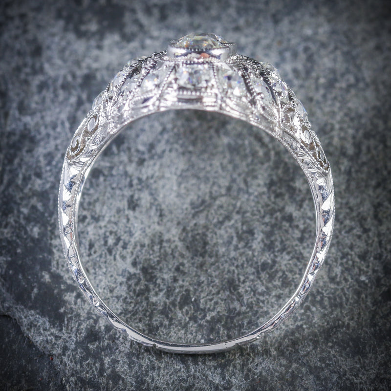 ART DECO DIAMOND RING PLATINUM CIRCA 1920 TOP