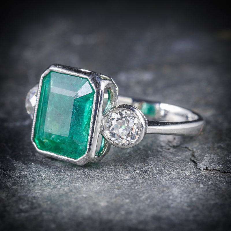 ART DECO EMERALD DIAMOND PLATINUM RING 8CT EMERALD 1.20CT DIAMOND SIDE