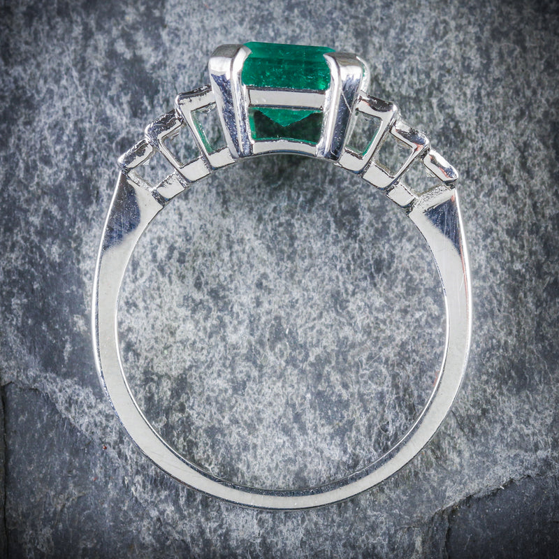 ART DECO EMERALD DIAMOND RING 18CT WHITE GOLD CIRCA 1920 TOP