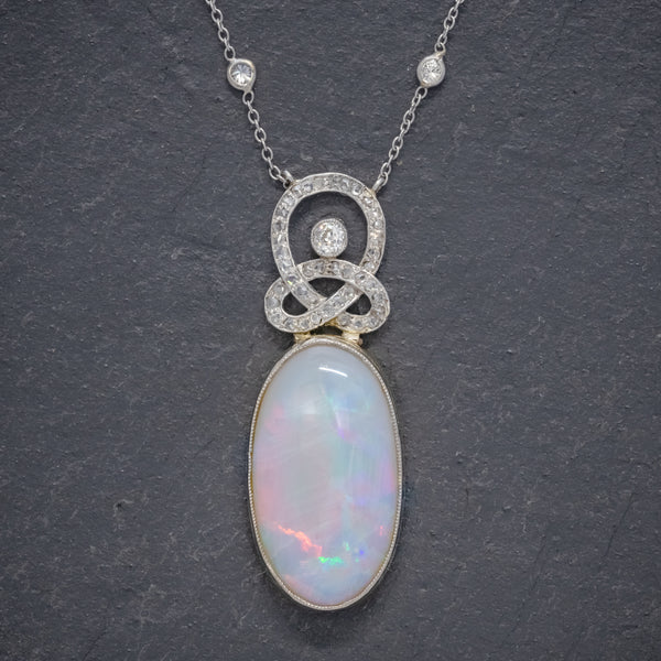 ART DECO OPAL DIAMOND PENDANT NECKLACE 18CT GOLD PLATINUM 15CT OPAL CIRCA 1930 BOXED front