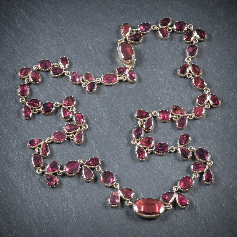 Antique Georgian 18ct Gold Flat Cut Garnet Riviere Necklace Circa 1790 top