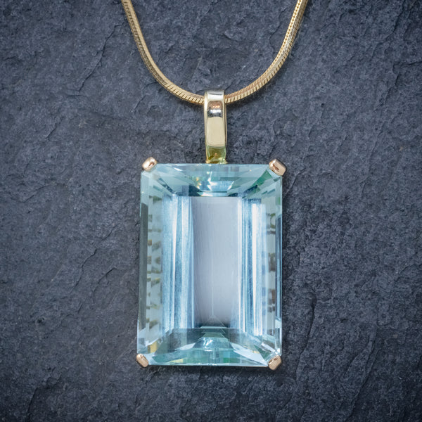 ART DECO AQUAMARINE PENDANT NECKLACE 30CT EMERALD CUT AQUA 14CT GOLD FRONT