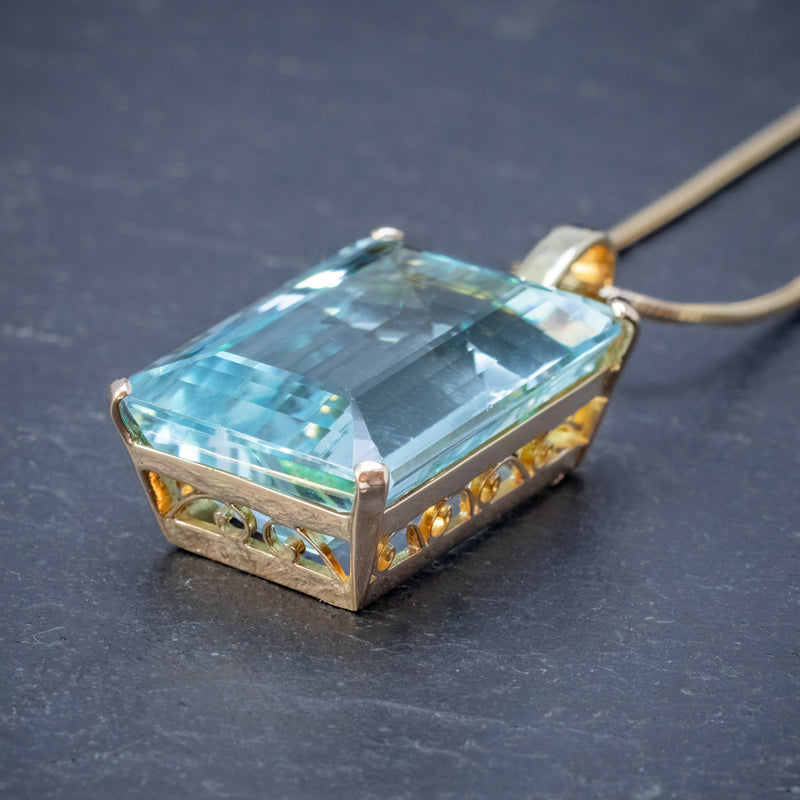 ART DECO AQUAMARINE PENDANT NECKLACE 30CT EMERALD CUT AQUA 14CT GOLD SIDE