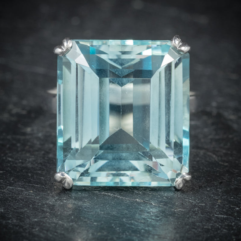 ART DECO AQUAMARINE RING 18CT WHITE GOLD CIRCA 1920 front