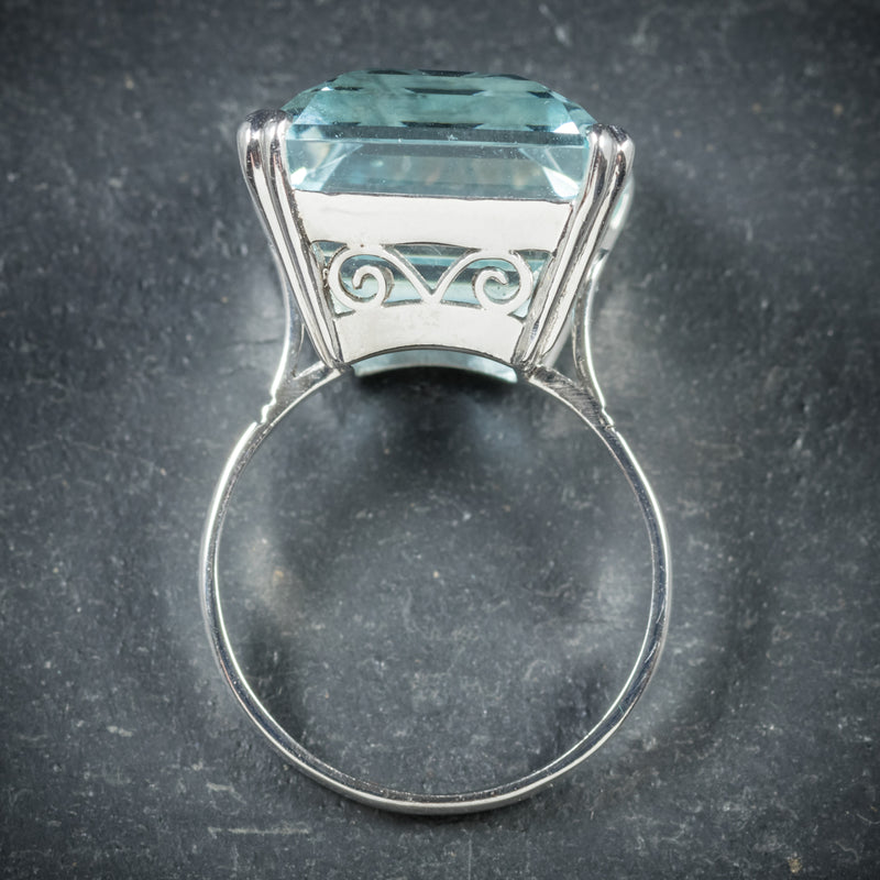 ART DECO AQUAMARINE RING 18CT WHITE GOLD CIRCA 1920 top