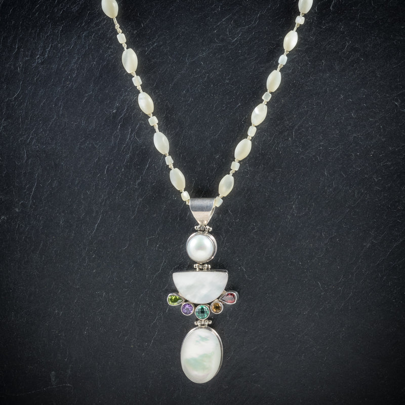 Mother Of Pearl Pendant Necklace Silver front