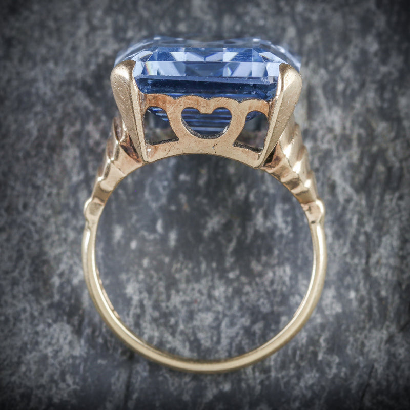 BLUE TOPAZ COCKTAIL RING 9CT GOLD CIRCA 1940 TOP