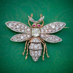 DIAMOND BEE BROOCH 18CT GOLD RUBY EYES 3CT OF DIAMOND COVER