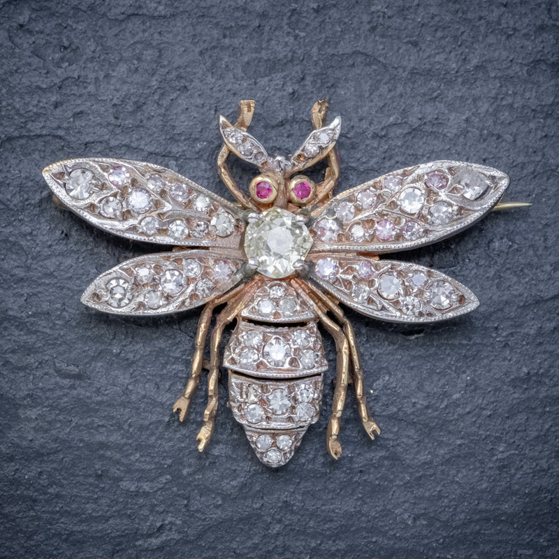 DIAMOND BEE BROOCH 18CT GOLD RUBY EYES 3CT OF DIAMOND FRONT
