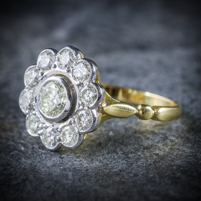 DIAMOND CLUSTER RING 18CT GOLD 0.70CT CENTRE DIAMOND SIDE