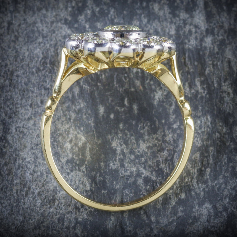 DIAMOND CLUSTER RING 18CT GOLD 0.70CT CENTRE DIAMOND TOP