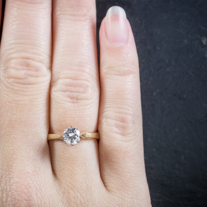 Diamond Solitaire Engagement Ring 18ct Gold Dated London 1991 HAND