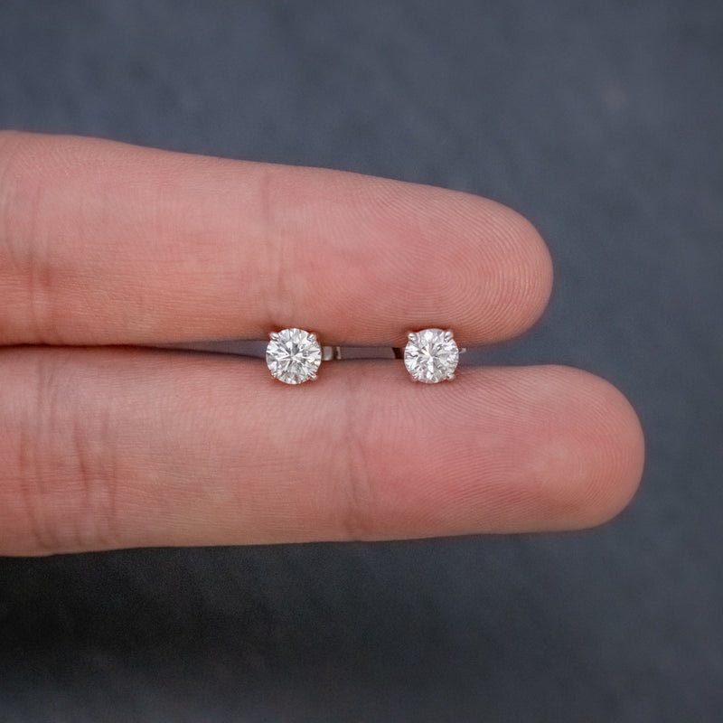 DIAMOND STUD EARRINGS 18CT WHITE GOLD 1.20CT OF DIAMOND HAND
