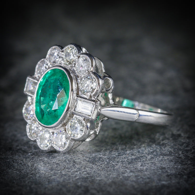 EMERALD DIAMOND CLUSTER RING 18CT WHITE GOLD 2.50CT EMERALD 1.80CT DIAMOND SIDE