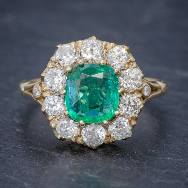 EMERALD DIAMOND CLUSTER RING 2CT EMERALD 1.50CT DIAMOND 18CT GOLD FRONT