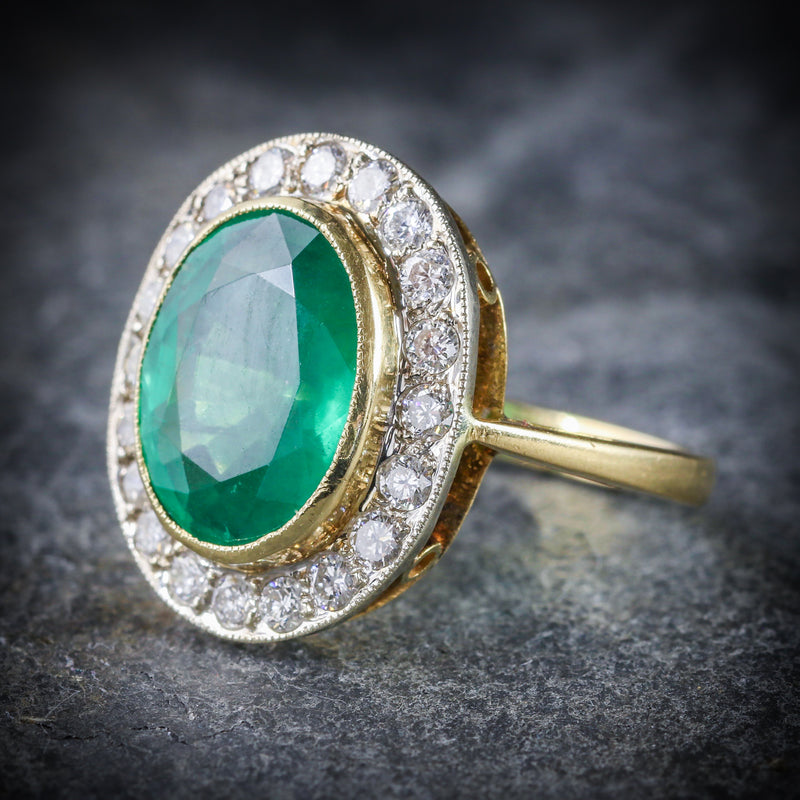 EMERALD DIAMOND ENGAGEMENT RING 18CT GOLD 7CT NATURAL EMERALD SIDE