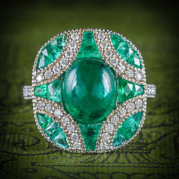 Emerald Diamond Cluster Ring 18ct White Gold COVER
