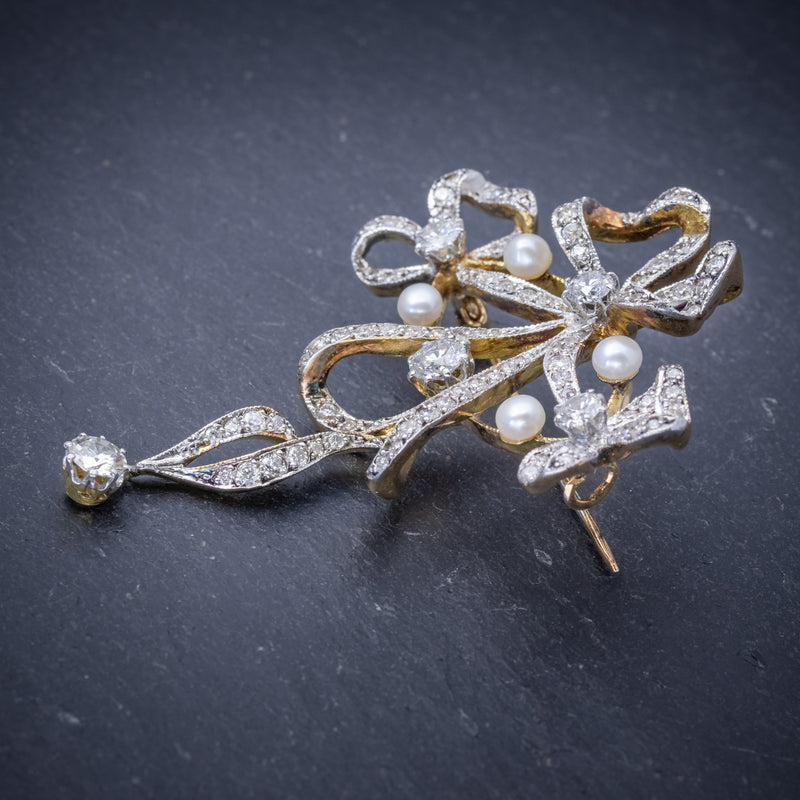 Garland 3ct Diamond Pearl Brooch 18ct Gold  SIDE 2