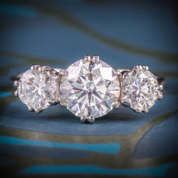PLATINUM EDWARDIAN DIAMOND TRILOGY RING 2.76CT TOTAL COVER