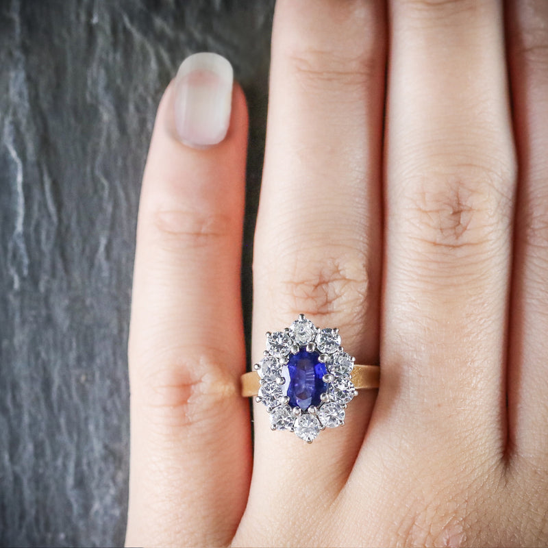 SAPPHIRE DIAMOND CLUSTER ENGAGEMENT RING 18CT GOLD 1.80CT SAPPHIRE HAND