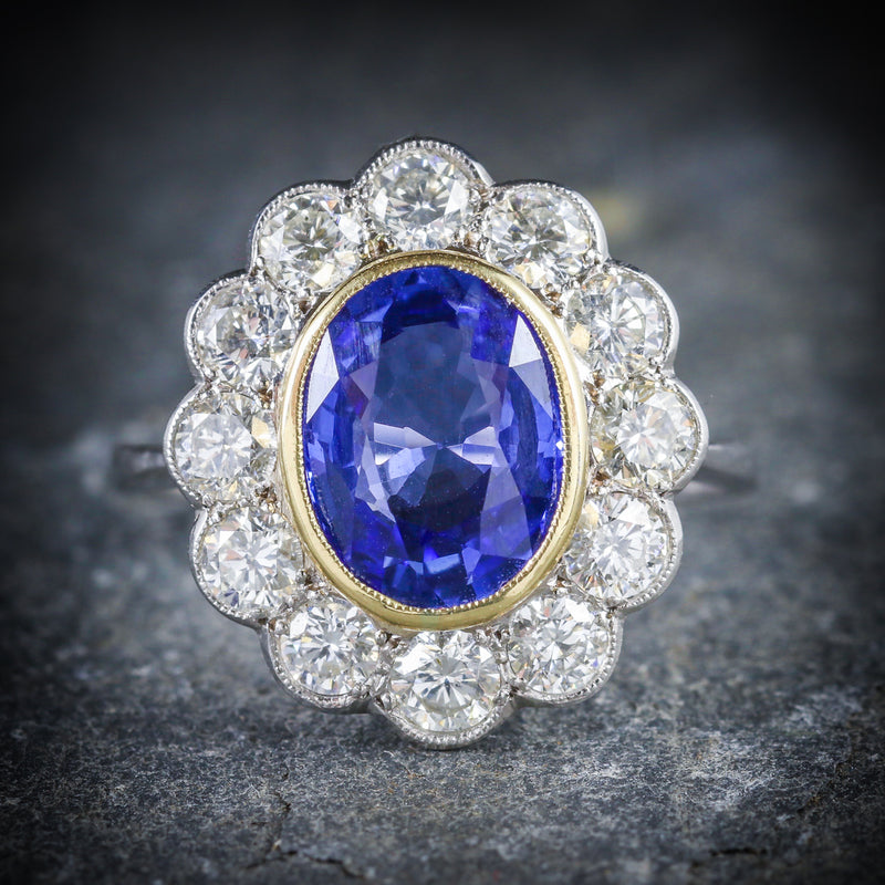 SAPPHIRE DIAMOND CLUSTER RING 18CT GOLD 3.20CT SAPPHIRE 1.50CT DIAMOND FRONT