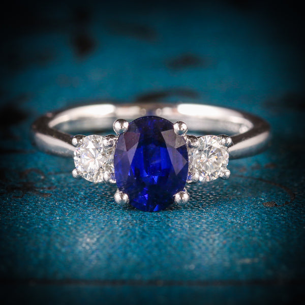 SAPPHIRE DIAMOND TRILOGY RING PLATINUM ENGAGEMENT RING COVER