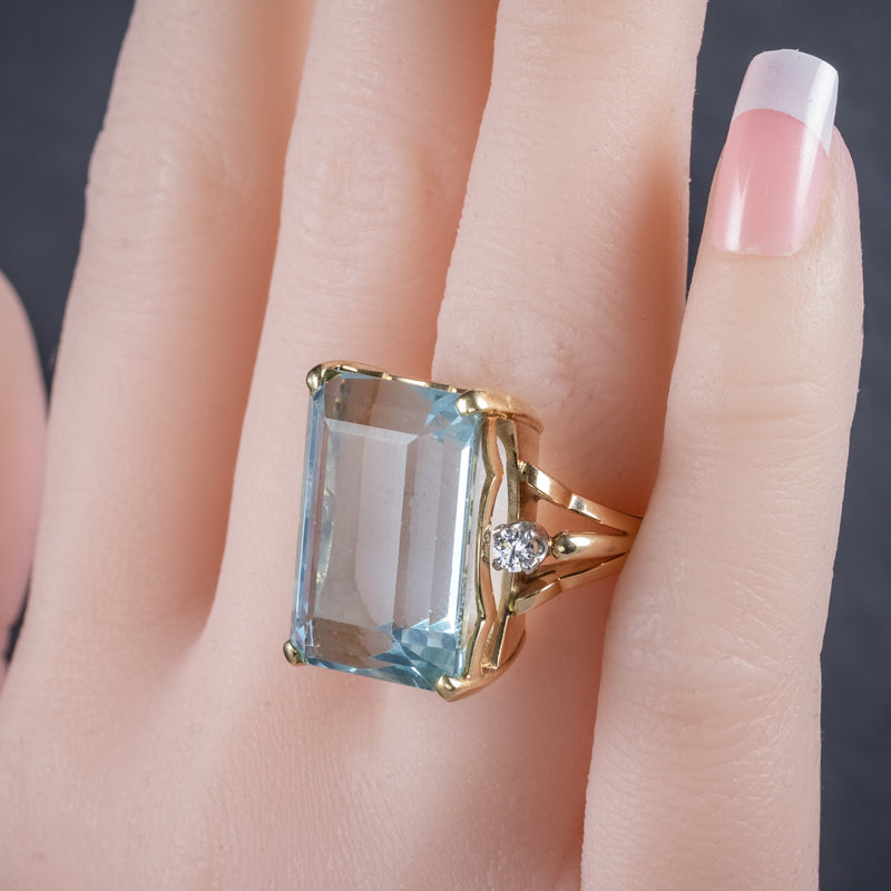 Vintage 26ct Aquamarine Ring 14ct Yellow Gold hand  2