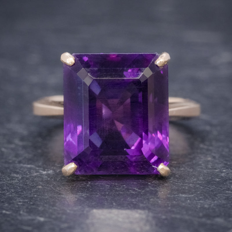 VINTAGE 6CT EMERALD CUT AMETHYST RING 9CT GOLD CIRCA 1960 FRONT