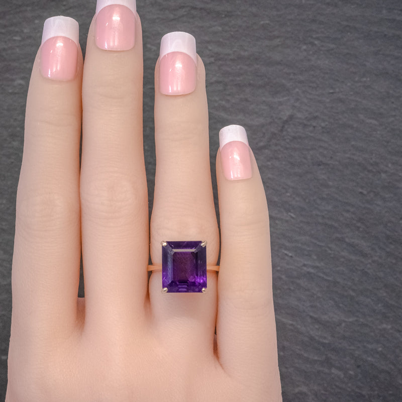 VINTAGE 6CT EMERALD CUT AMETHYST RING 9CT GOLD CIRCA 1960 HAND