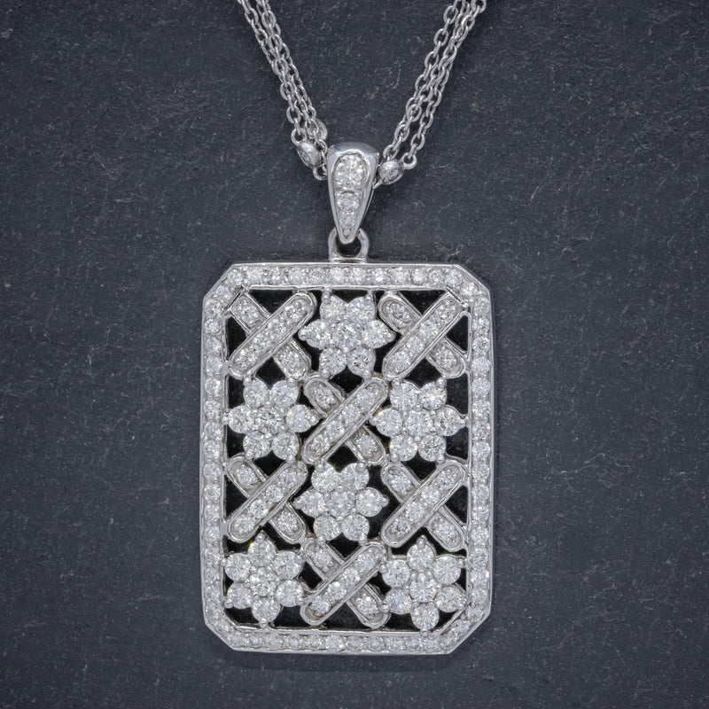 VINTAGE DIAMOND PENDANT NECKLACE 18CT WHITE GOLD CHAIN 8CT OF DIAMOND CIRCA 1970 FRONT