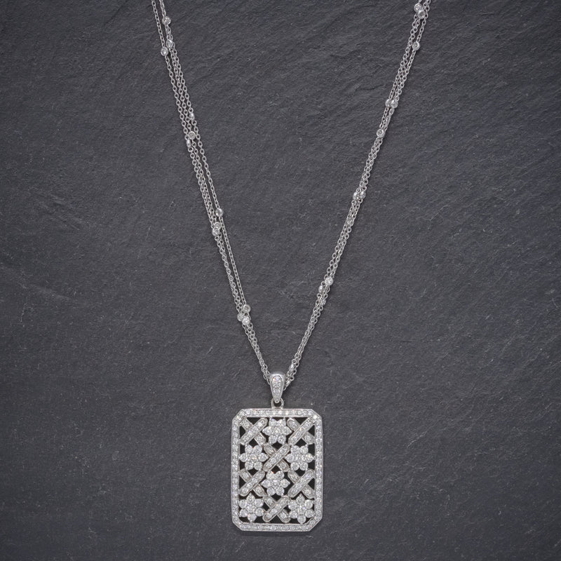 VINTAGE DIAMOND PENDANT NECKLACE 18CT WHITE GOLD CHAIN 8CT OF DIAMOND CIRCA 1970 NECK