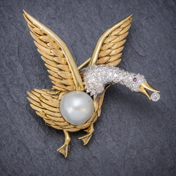 Vintage Diamond Swan Brooch 18ct Gold 2.50ct Diamond Pearl Egg Circa 1950  front